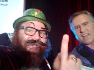 Schlock Meister also got a selfie with Bruce Campbell as he exited the stage.