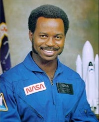 Ronald_mcnair wikimedia commons